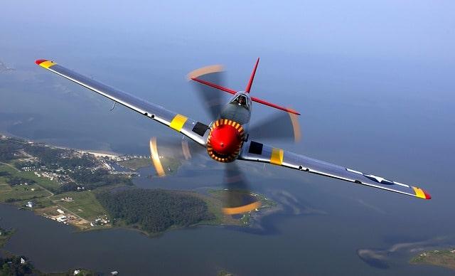 aircraft-67566_640-min
